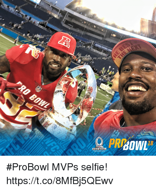 Memes, Selfie, and Orlando: 18  PRO BOWL  ORLANDO 2018 #ProBowl MVPs selfie! https://t.co/8MfBj5QEwv