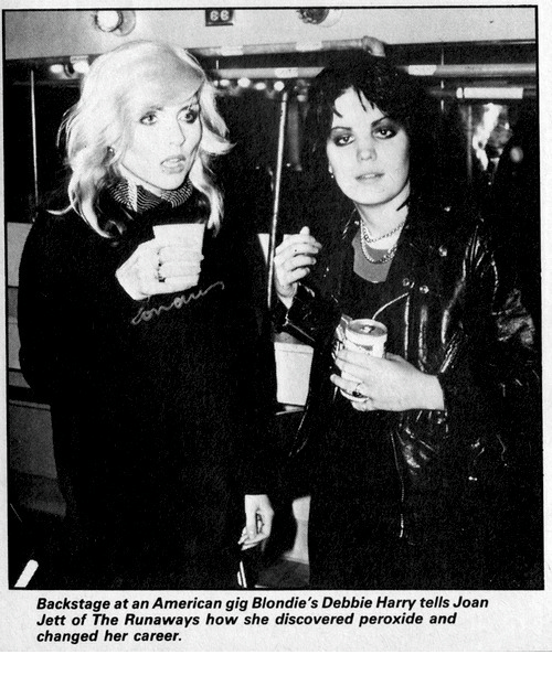 runaways: Backstage at an American gig Blondie's Debbie Harry tells Joan  Jett of The Runaways how she discovered peroxide and  changed her career.