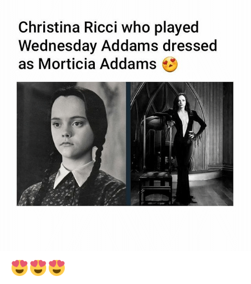morticia addams: Christina Ricci who played  Wednesday Addams dressed  as Morticia Addams 😍😍😍
