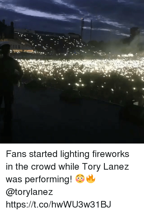 Tory Lanez: Fans started lighting fireworks in the crowd while Tory Lanez was performing! 😳🔥 @torylanez https://t.co/hwWU3w31BJ