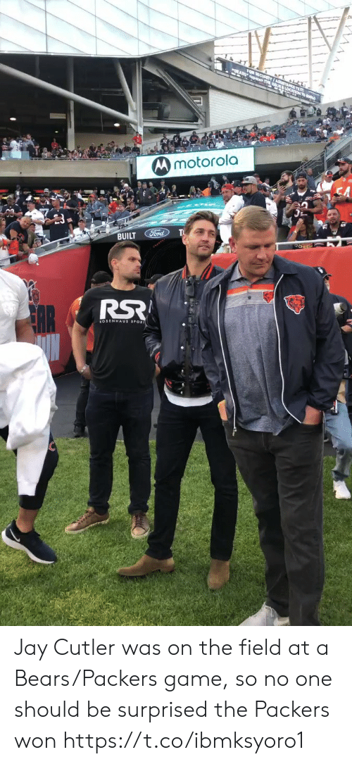 cutler: FOR SECURITYI aS l.  paces THE LoC  Mmotorola  BUILT Ford  OCHEES Jay Cutler was on the field at a Bears/Packers game, so no one should be surprised the Packers won https://t.co/ibmksyoro1