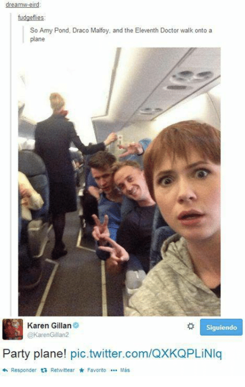 karen gillan: fudgefies  So Amy Pond, Draco Malfoy, and the Eleventh Doctor walk onto a  plane  Karen Gillan  KarenGillan2  Party plane! pic.twitter.com/QXKQPLiNIq  わResponder t; Retwttear * Favorito … Más