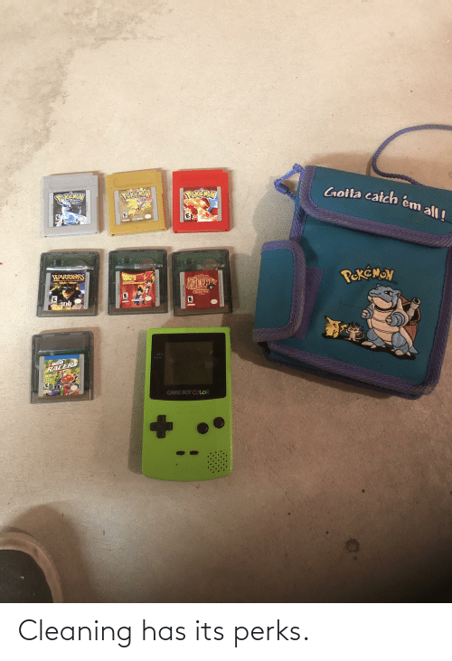 game boy color: Gotta catch em all!  POKEMEN  FVERYDR  SEVER VERSION  6OLD VERSION  WARRIORS  PRASSDAL  PekéMON  Mighr-Magic  THE LEGEND OF  LESERCARY  SUPER WARRIORS  EIDA  ORACLE OF  TM  SEASONS  3DO  NFOGRAMES  FUN  )))  NASCAR  RACERS  POWER  GAME BOY COLOR  (Nintendo)  THES GAM PM A E GAME OY COLR M ONY  COB AZTE USA Cleaning has its perks.