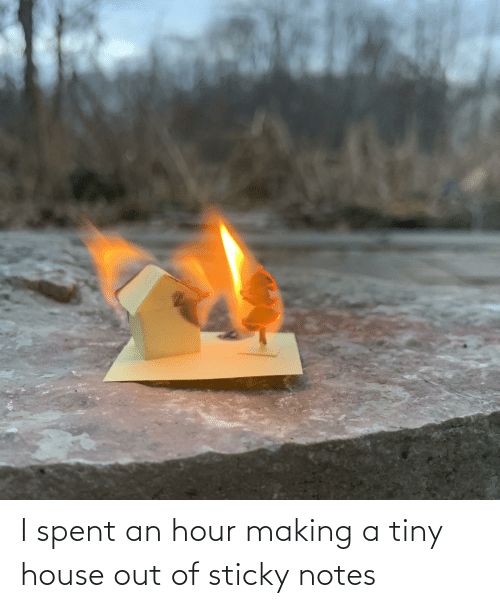 tiny house: I spent an hour making a tiny house out of sticky notes