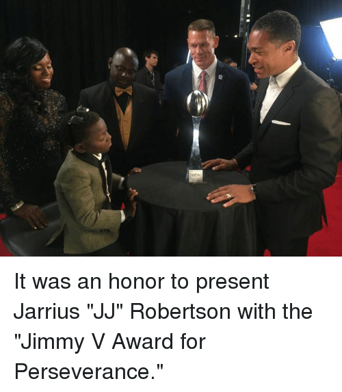 """robertsons: It was an honor to present Jarrius """"JJ"""" Robertson with the """"Jimmy V Award for Perseverance."""""""
