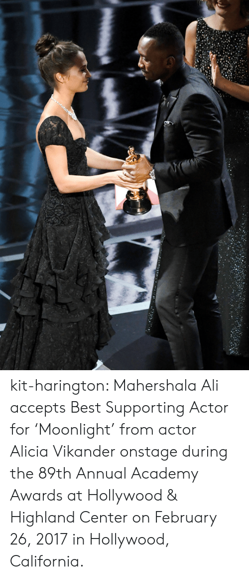 Academy Awards: kit-harington: Mahershala Ali accepts Best Supporting Actor for 'Moonlight' from actor Alicia Vikander onstage during the 89th Annual Academy Awards at Hollywood & Highland Center on February 26, 2017 in Hollywood, California.