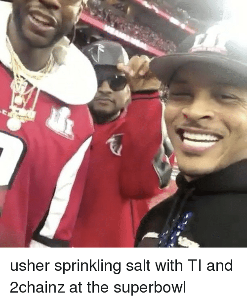 Sprinkle Salt: La usher sprinkling salt with TI and 2chainz at the superbowl