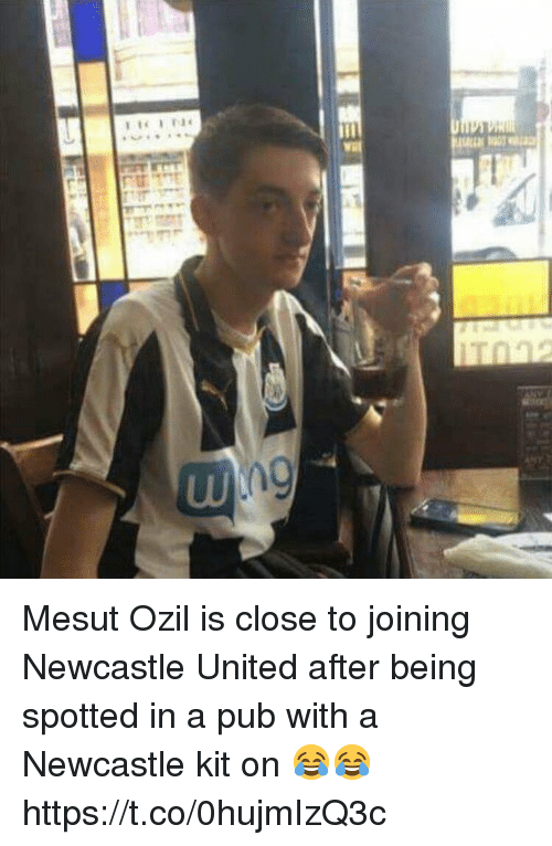 mesut ozil: Mesut Ozil is close to joining Newcastle United after being spotted in a pub with a Newcastle kit on 😂😂 https://t.co/0hujmIzQ3c