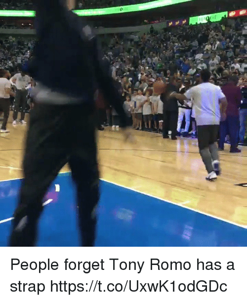 Tony Romo: People forget Tony Romo has a strap https://t.co/UxwK1odGDc
