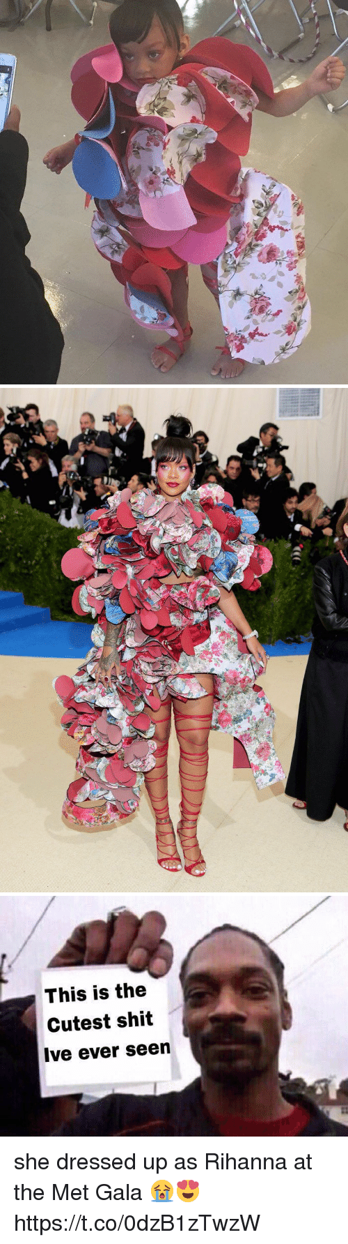 Funny, Rihanna, and Shit: s  au   This is the  Cutest shit  Ive ever seen she dressed up as Rihanna at the Met Gala 😭😍 https://t.co/0dzB1zTwzW