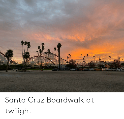 Santa Cruz: Santa Cruz Boardwalk at twilight