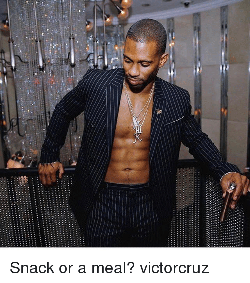 Memes, 🤖, and Snack: Snack or a meal? victorcruz