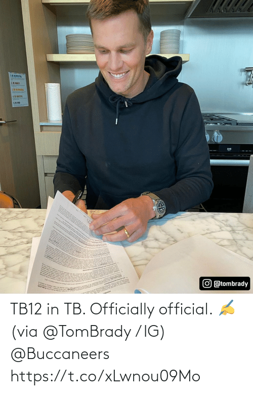 buccaneers: TB12 in TB.   Officially official. ✍ (via @TomBrady / IG) @Buccaneers https://t.co/xLwnou09Mo
