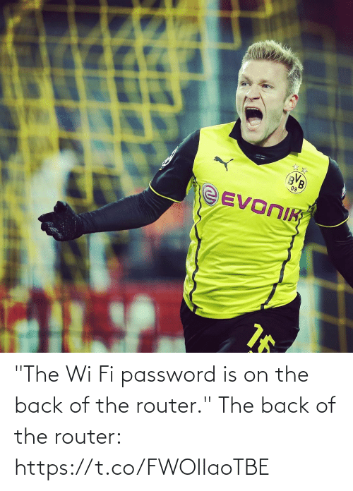 """Memes, Router, and Back: """"The Wi Fi password is on the back of the router.""""  The back of the router: https://t.co/FWOIIaoTBE"""