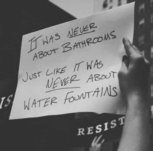 neuer: WAS NEUER  ABOUT BATHROOMS  JusT LIKE IT WAS  NEVER ABOUT  WATER FouNTAIS  RESIST