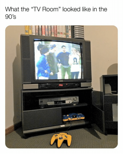 """Memes, 90's, and 🤖: What the """"TV Room"""" looked like in the  90's  2  PRU"""