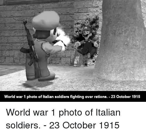 Italian Soldiers: World war 1 photo of Italian soldiers fighting over rations. 23 October 1915 World war 1 photo of Italian soldiers. - 23 October 1915